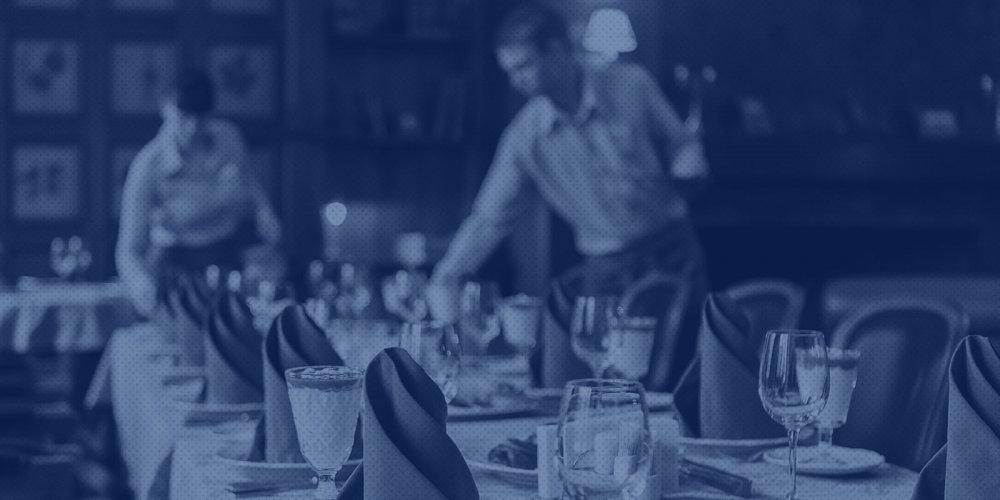 Governo de SP libera funcionamento de bares e restaurantes até as 22h para cidades na fase amarela